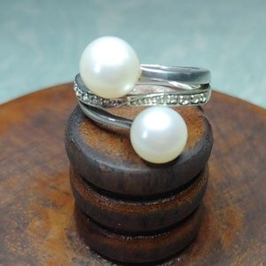 FW Pearl ring